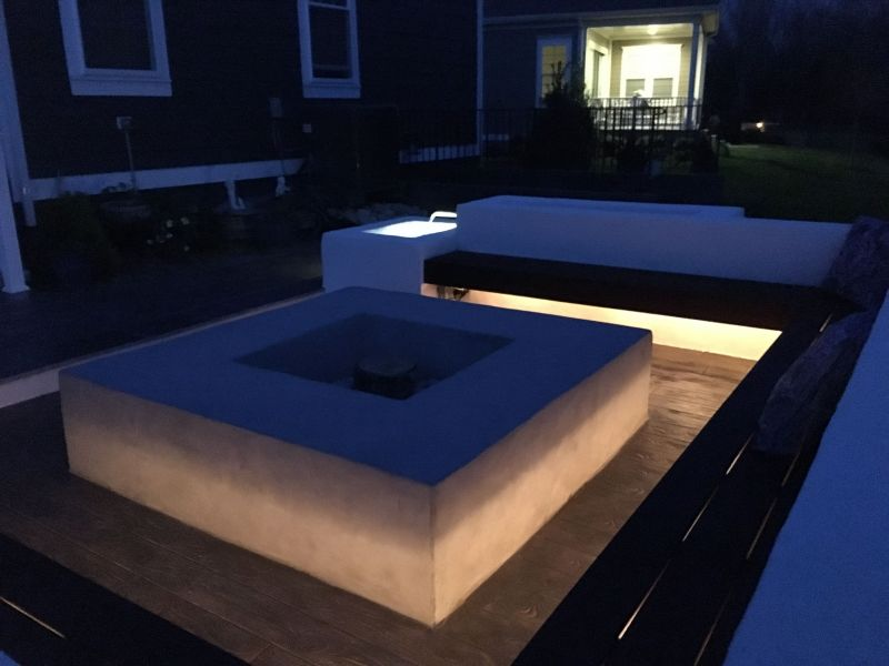 Contemporary Patio With Integraged Outdoor Lighting And Fire Pit