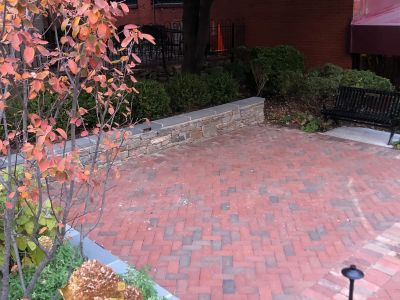 Dry Laid Brick Patio with Seat Wall